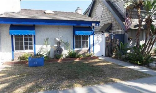 Front of house - 522 16th St, HB